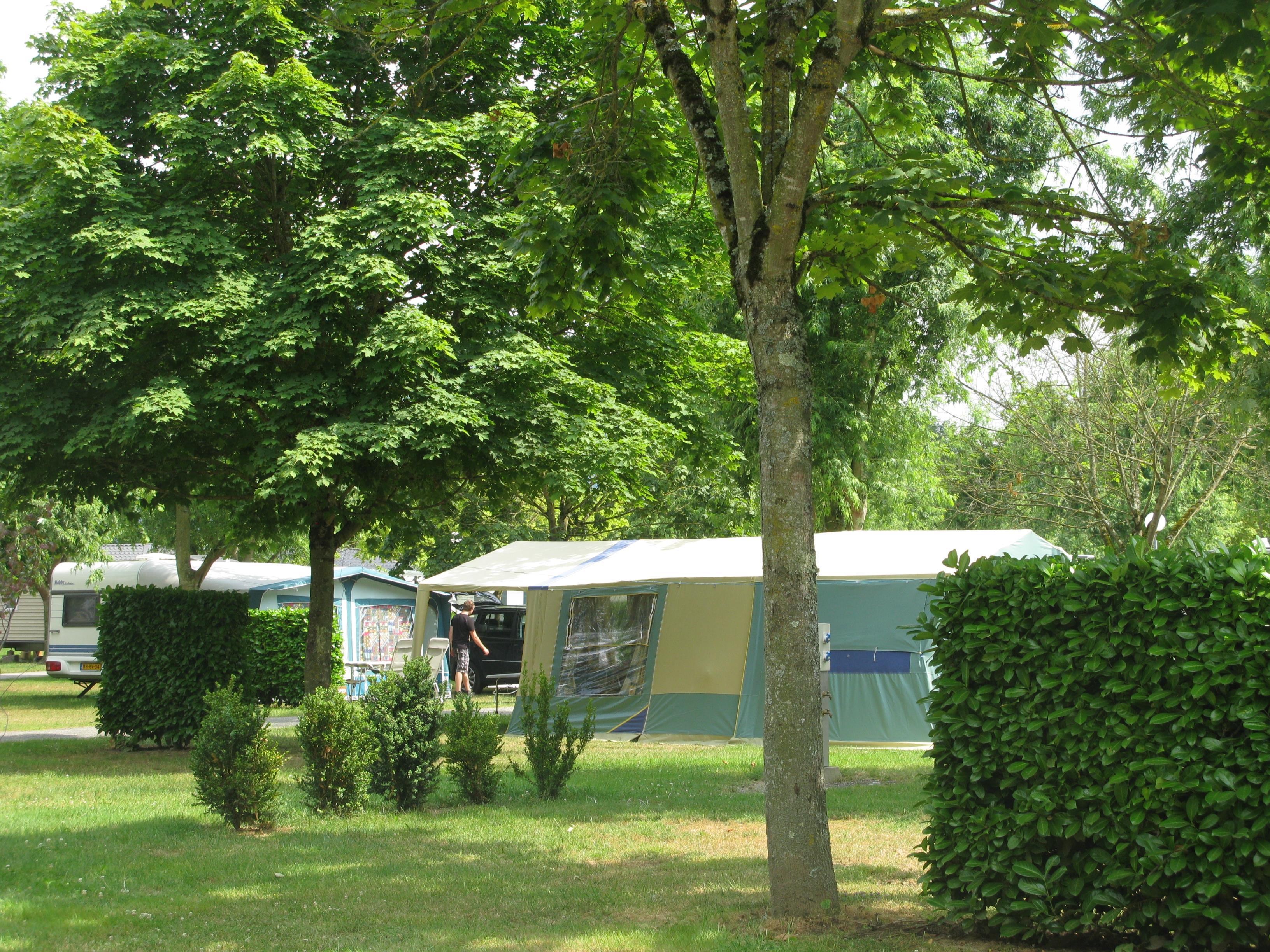 Emplacement - Emplacement Sans Électricité - Sunêlia Camping Les 3 Vallées