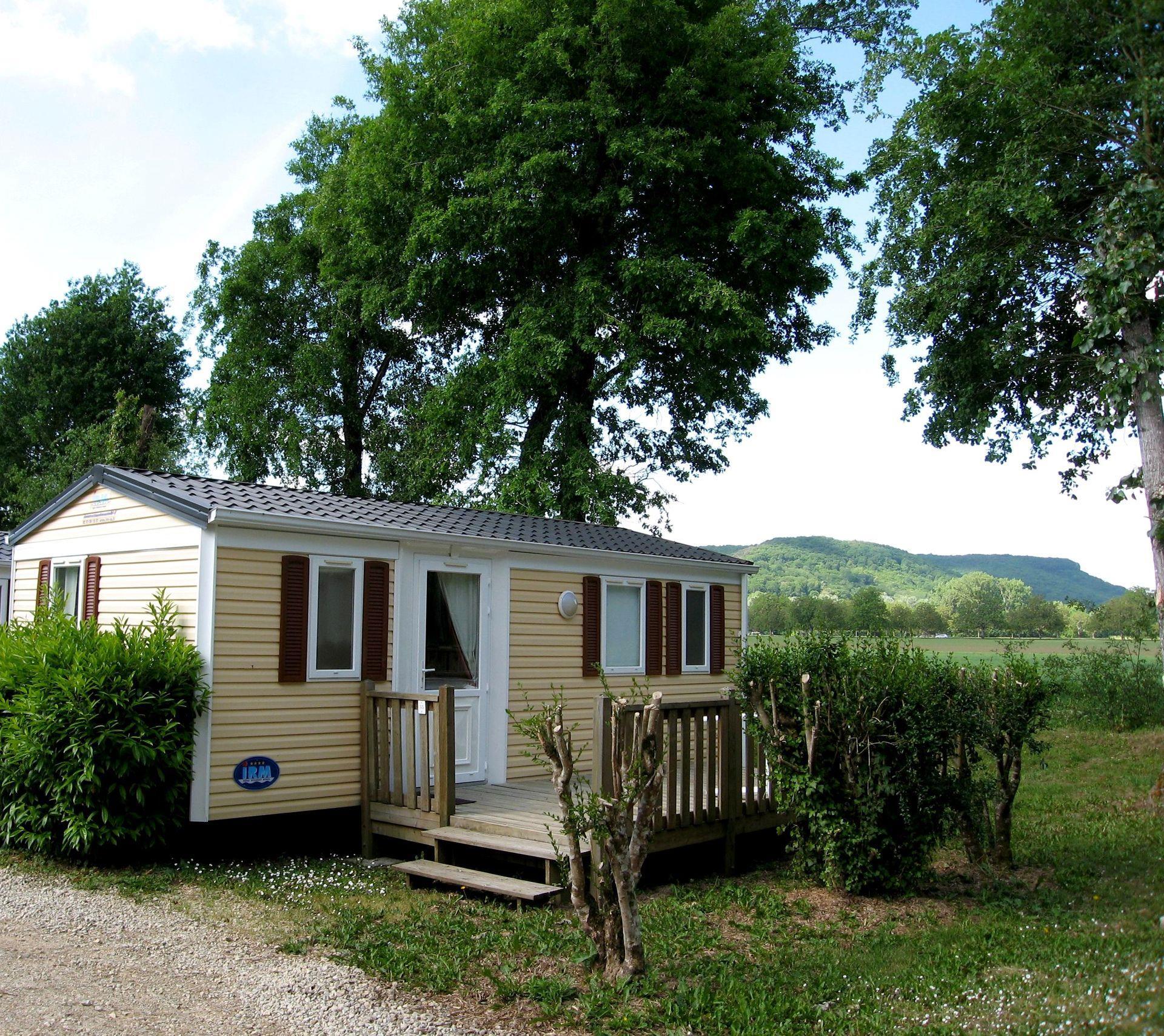 Location - Mobilhome Saturne - Camping Les Deux Vallées