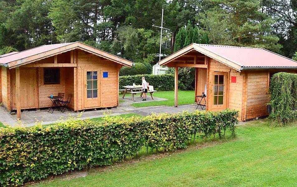 Location - Chalet Rouge Et Bleu - Camping Zum Oertzewinkel