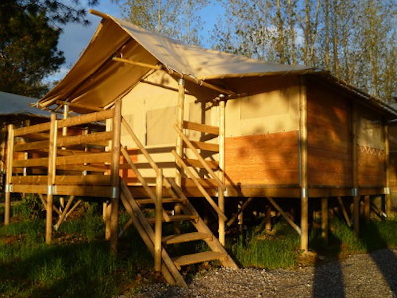 Location - Tente Paillote Sur Pilotis Mi Bois - Mi Toile - Camping Vieille Église