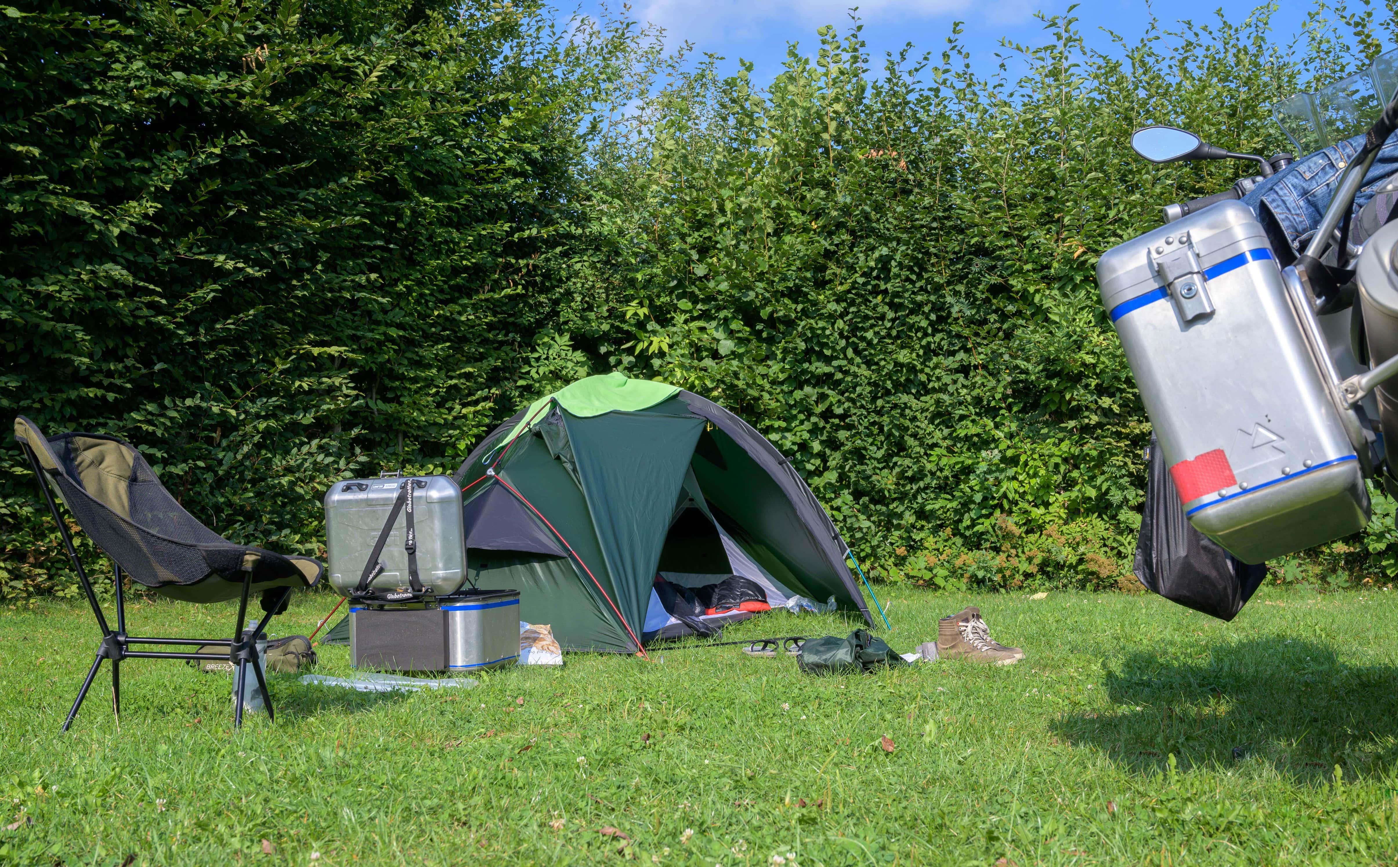 Emplacement - Emplacement Tente Moyenne, Sans Voiture - Nibelungen-Camping am Schwimmbad