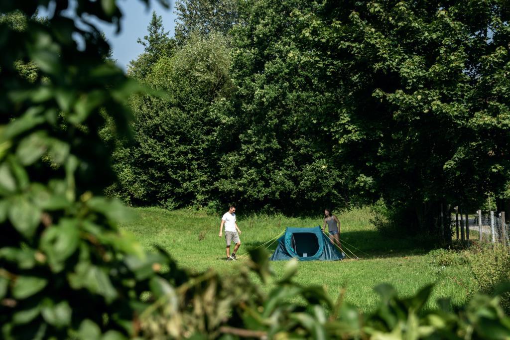 Emplacement - Court Séjour - Nibelungen-Camping am Schwimmbad