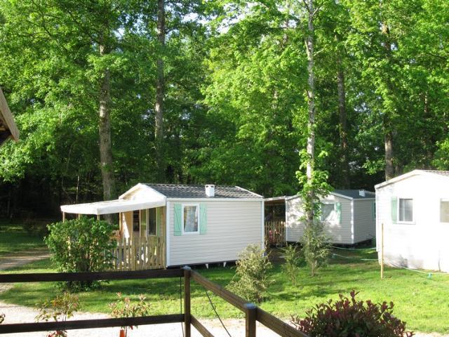 Location - Mobil-Home Super Astria B (Semi Ombrage), Semaine Ou Nuitées - Camping Le Bois du Coderc