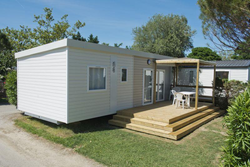 Location - Mobil-Home Baltique Climatisé - 3 Chambres - Chadotel Camping Le Roussillon