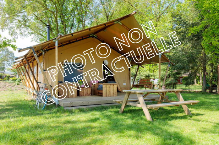 Location - Tente Lodge Pmr 2 Chambres - Camping Le Haras