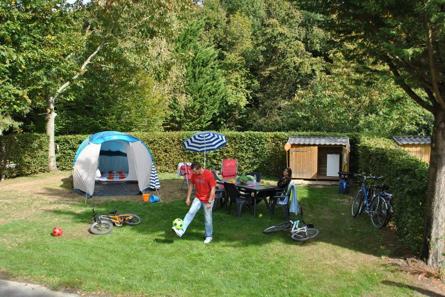 Emplacement - Emplacement Camping Avec Garden Pack - Camping Le Paradis