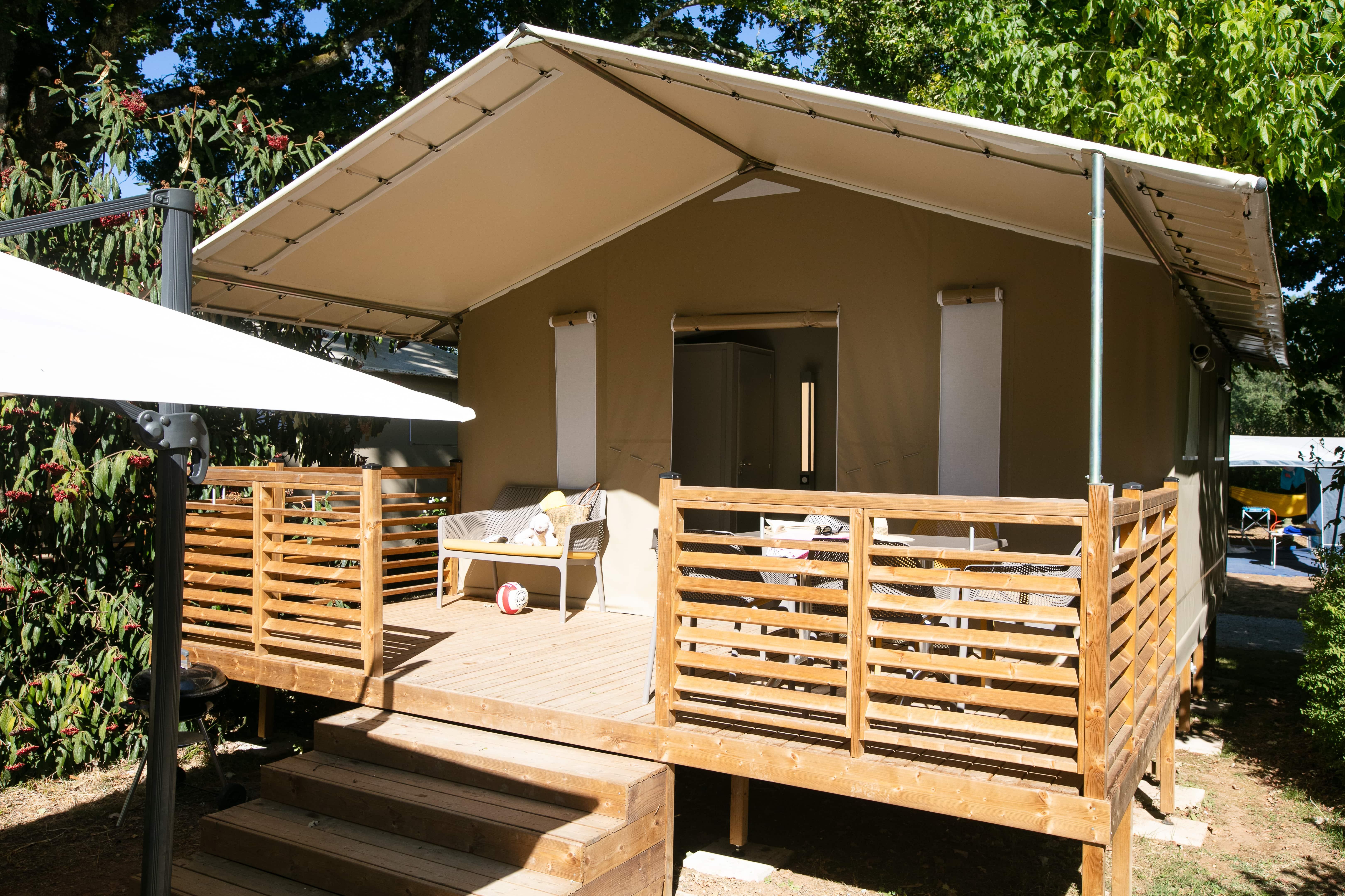 Location - Lodge Explorer - Camping Le Paradis