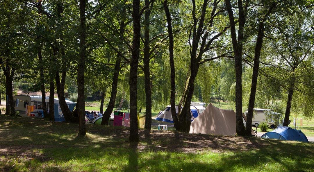Camping du Lac de Miel, Beynat, Corrèze