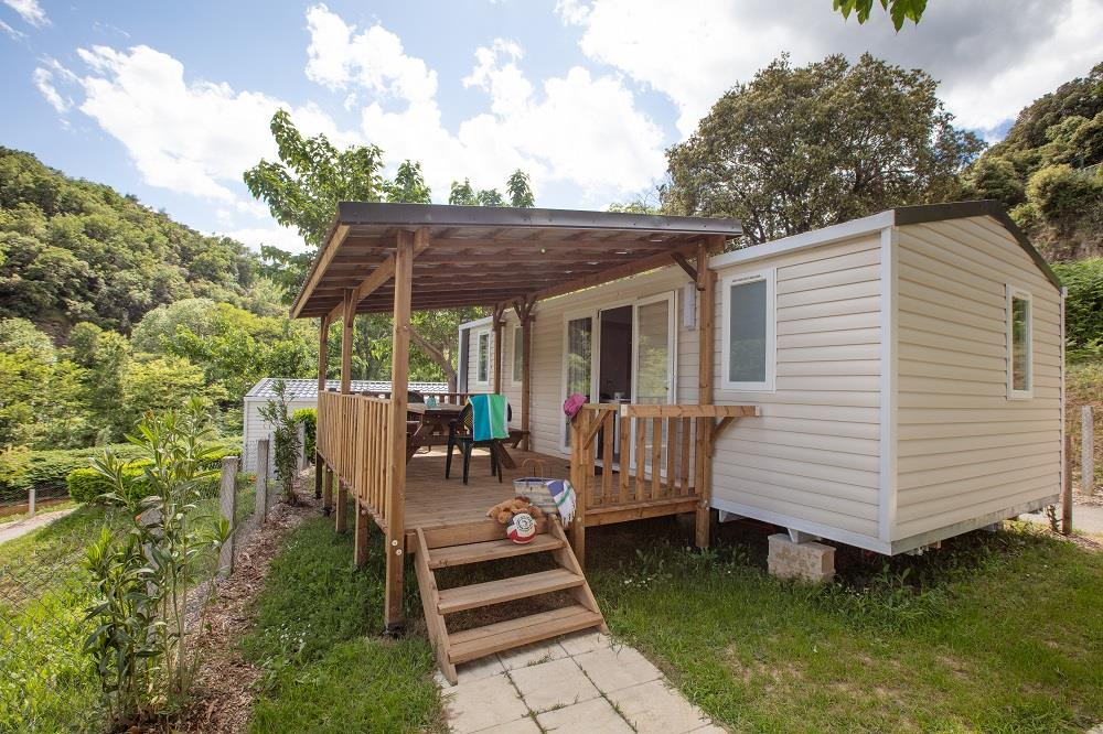 Accommodation - Mobil Home Premium Year 2019 - 6 Pers + 1 Car. Air-Conditioning, Tv, Dishwasher, Mosquito Screen. Pets Not Allowed - Camping Le Castelet
