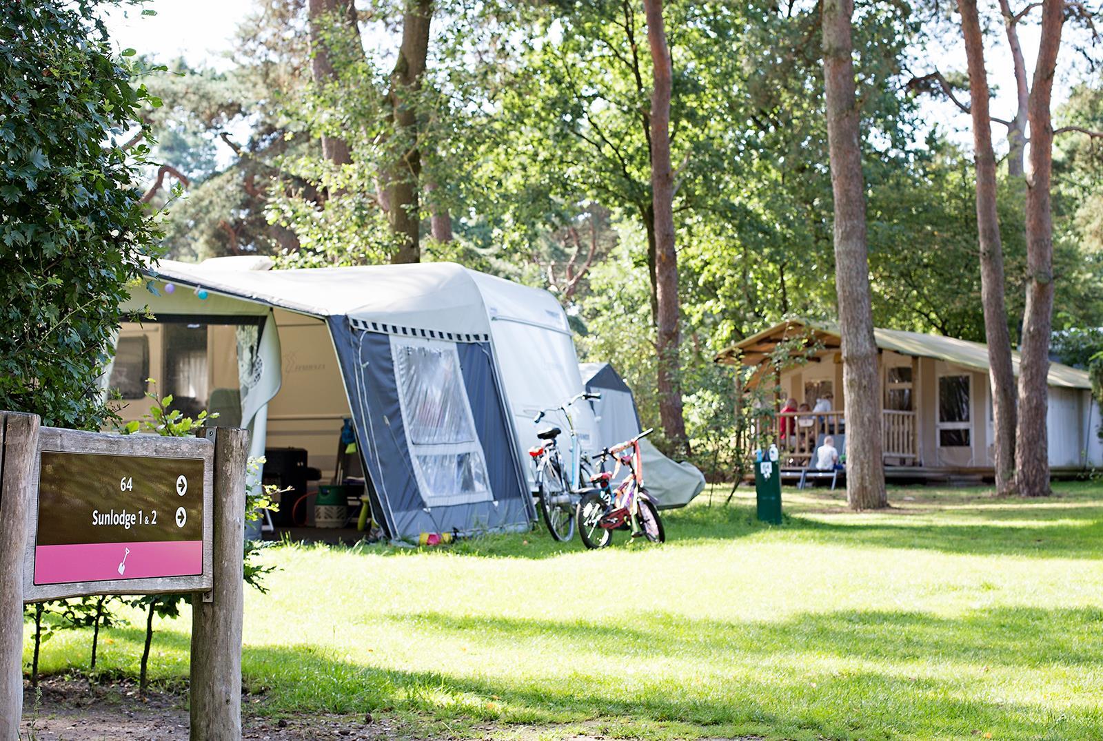 Emplacement - Emplacement Confort Avec Sanitaire Privé - Vakantiepark Beerze Bulten