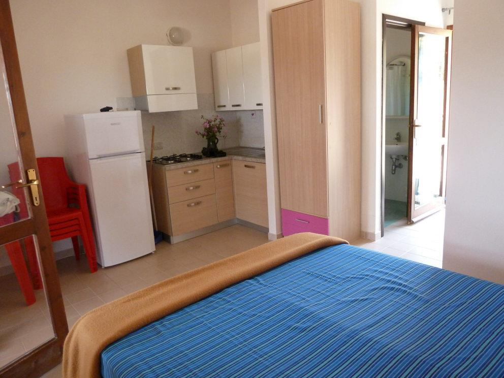 Location - Appartement Une Pièce Rez De Chaussé - Camping Tonnara