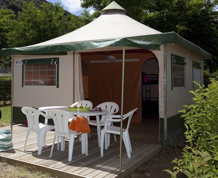 Mietunterkunft - Bungalow Toile 5 Personnes - SUN CAMPING