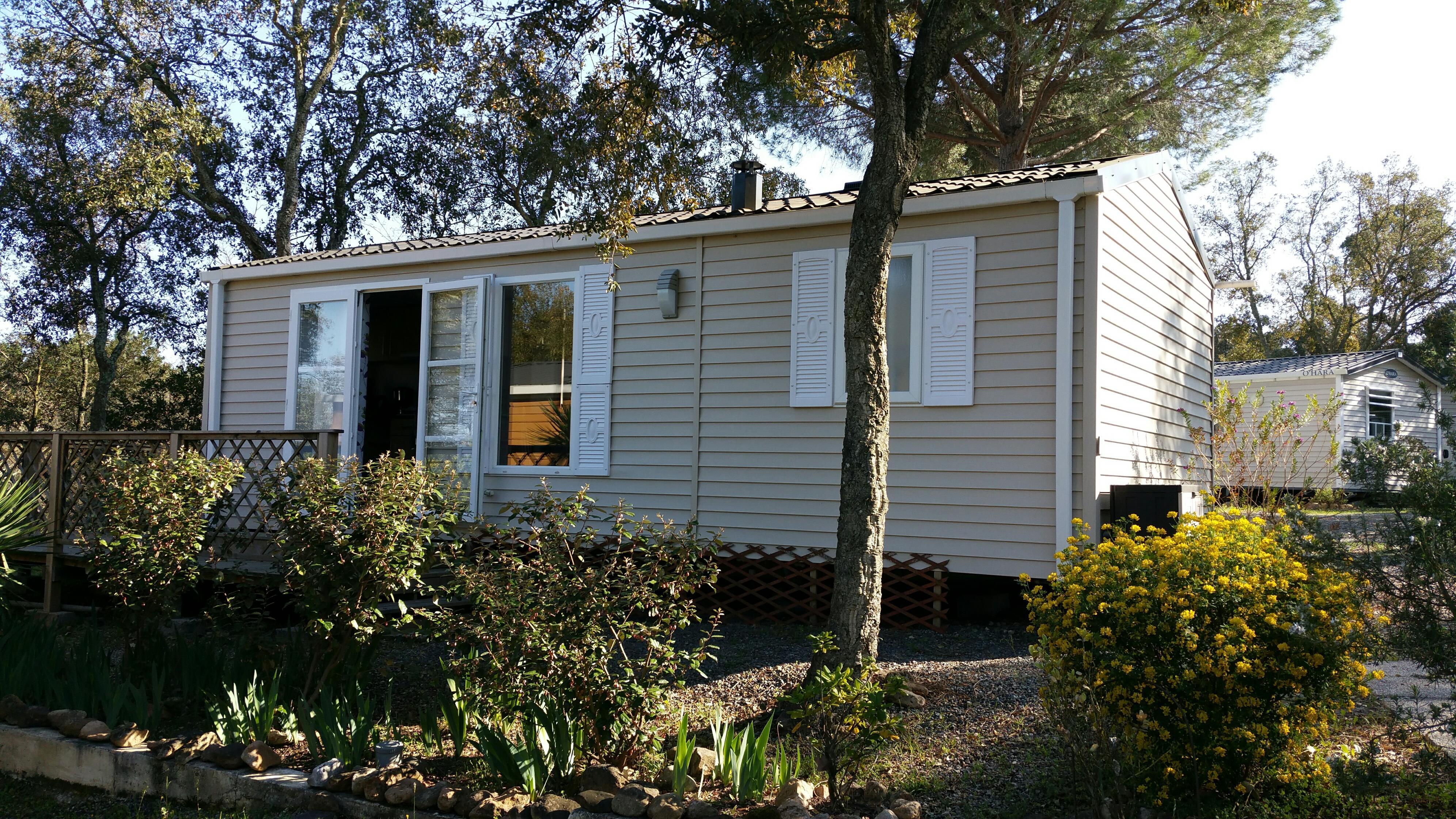 IRIS 31 m² - 2 chambres - climatisation, grande terrasse sur emplacement de 180 m²