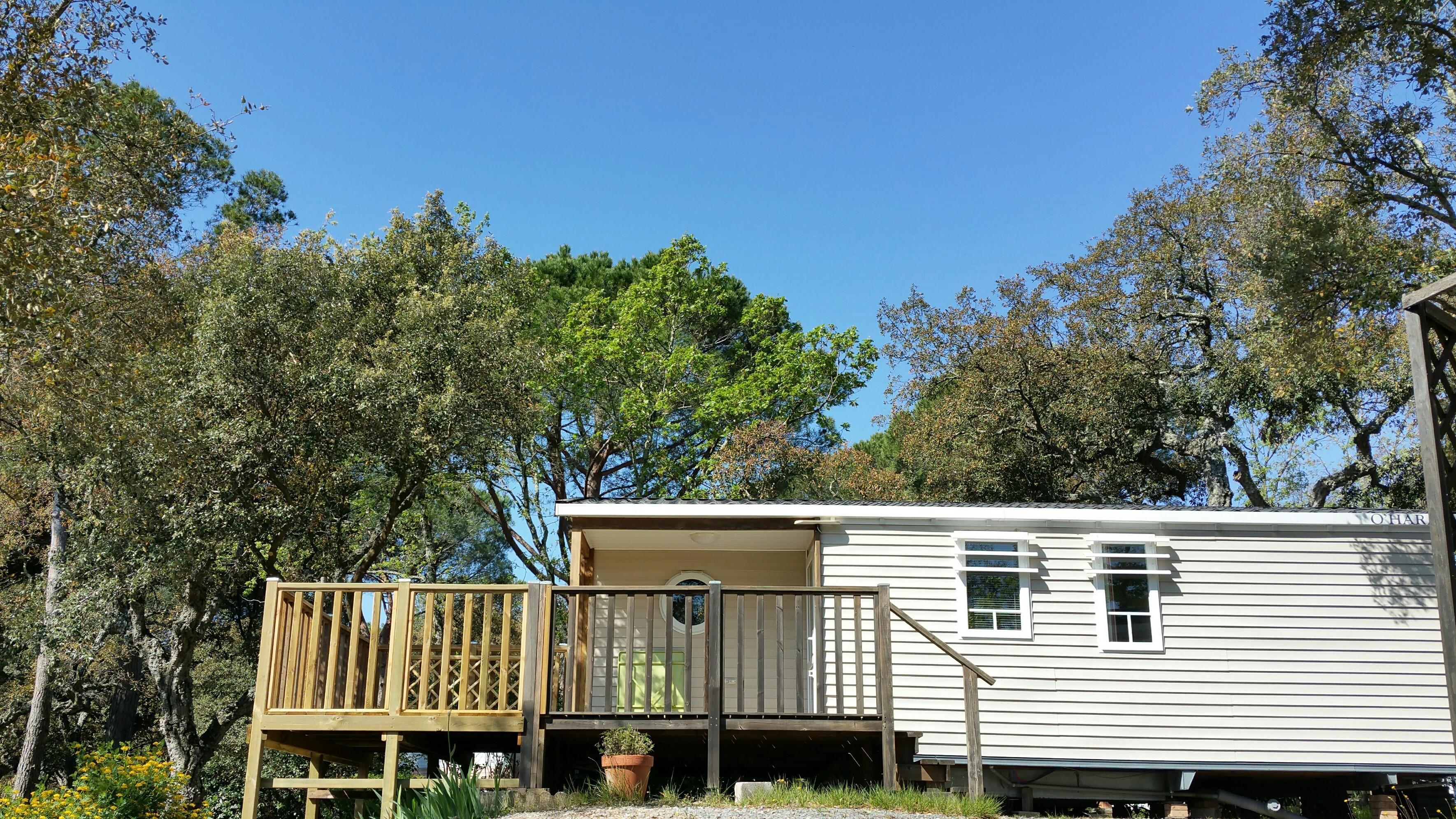 GENET    31m² - 3 chambres, climatisation,  TV, grande  terrasse
