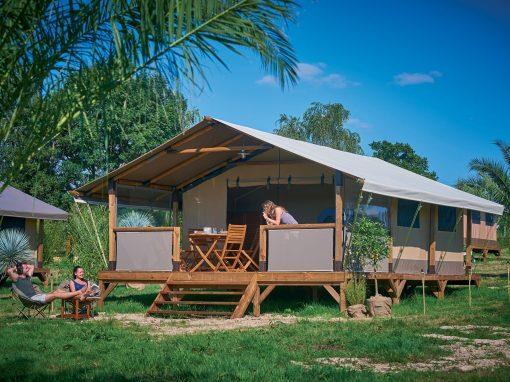 Location - Tente Lodge 'Kenya' 2 Chambres *** - Yelloh! Village Camping de la Baie de Douarnenez