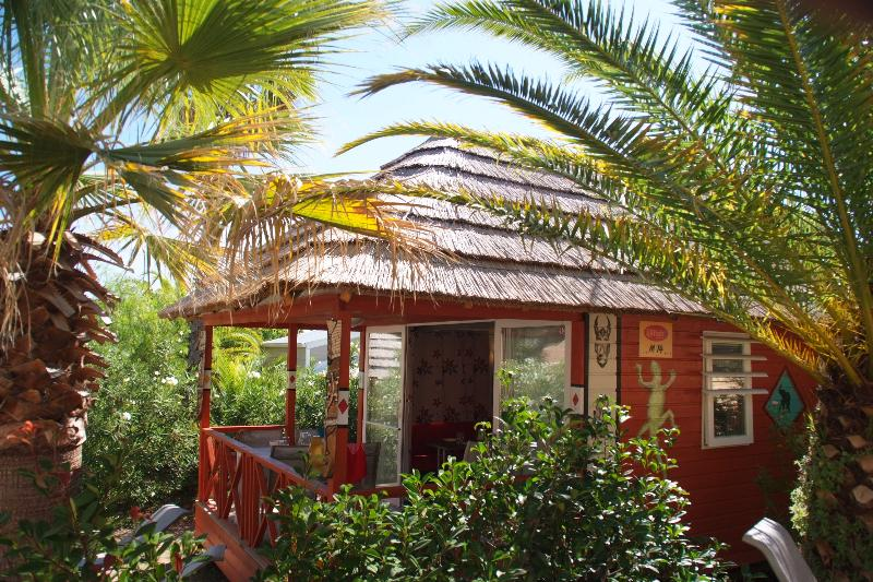 Location - Case Kenya ***  (Climatisé) - 2 Chambres - Domaine du Colombier