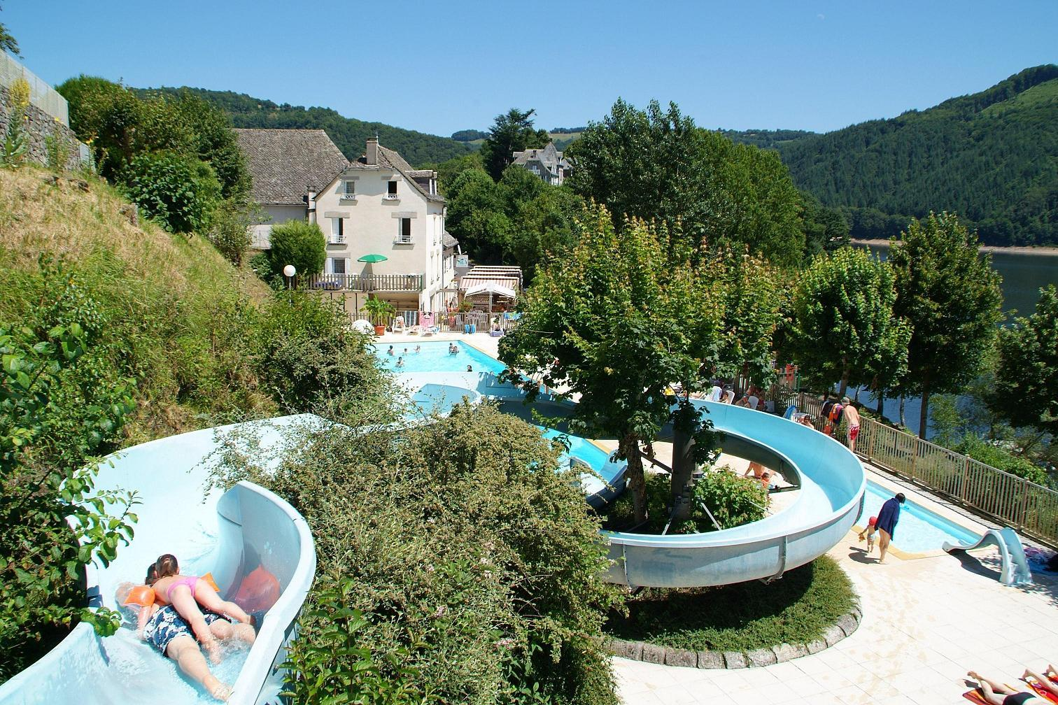 Airotel Camping la Source, Thérondels, Aveyron