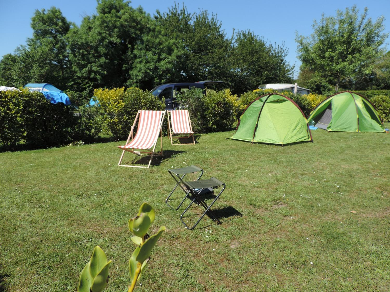 Forfait Nature (1 tente, caravane ou camping-car / 1 voiture) 2 Pers.