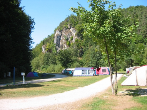 Emplacement - Emplacement 9-14 Nuits: Camping-Car / Voiture Caravane / Voiture Tente - Campingplatz Fränkische Schweiz