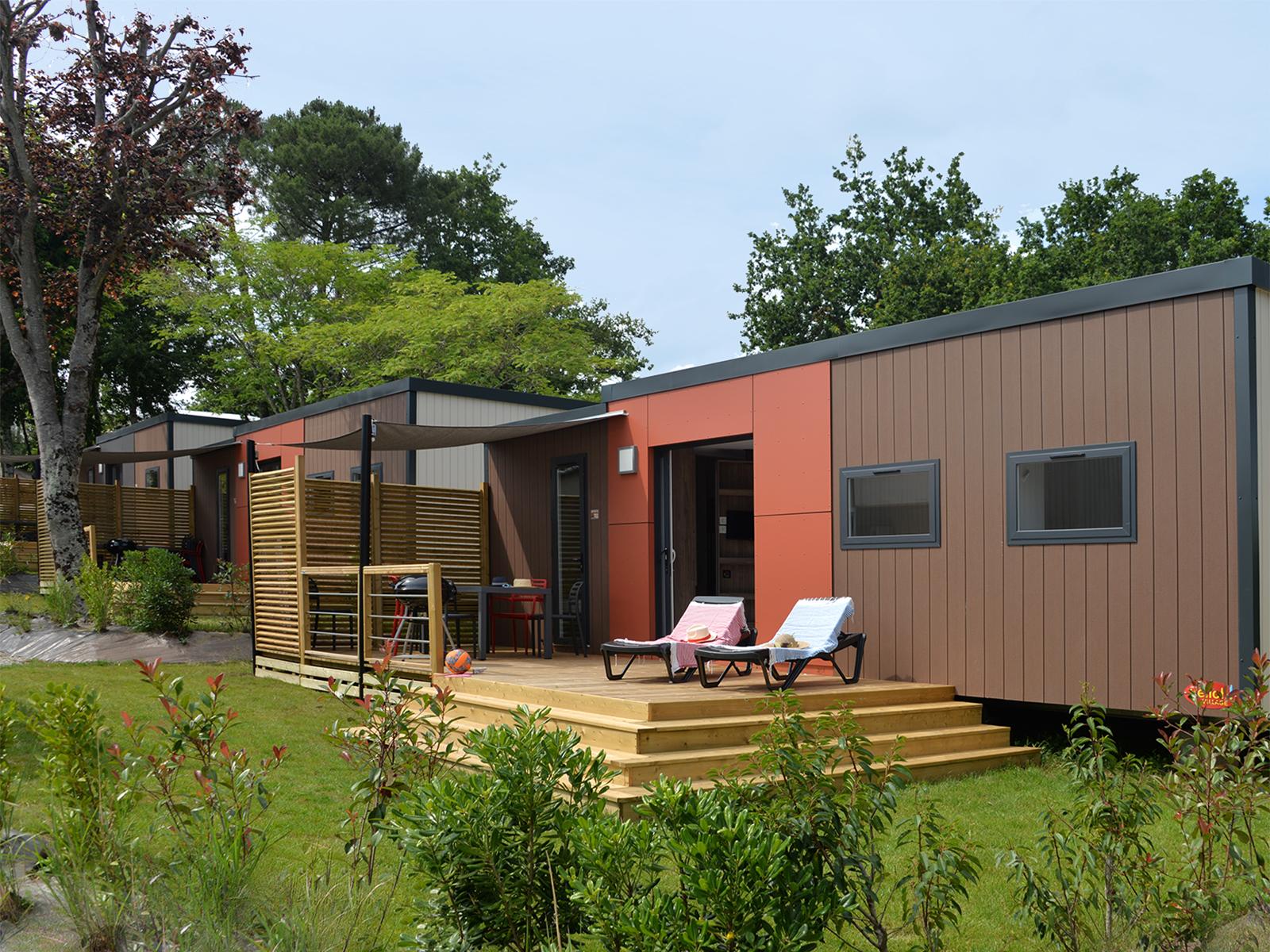 Location - Patio Belle Ile **** 6 Pers. 3 Chambres 2 Salles De Bain - Camping Mané Guernehué