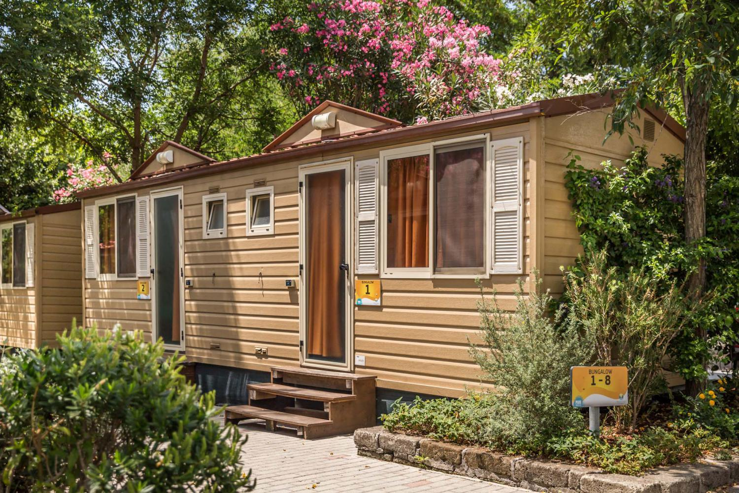 Accommodation - Bungalow Standard - Roma Camping in Town