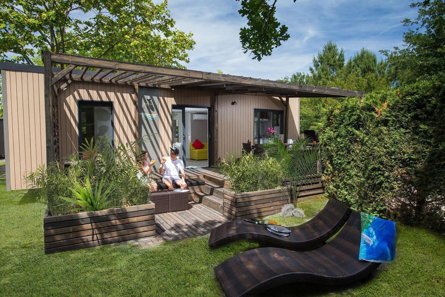 Location - Mobil Home Ciela Prestige Evasion - 36M² -1 Suite Parentale- 1 Chambre- 2 Salles De Bain - Climatisation Réversible,  Tv Et Lave Vaisselle- Draps Inclus - Camping Resort La Rive