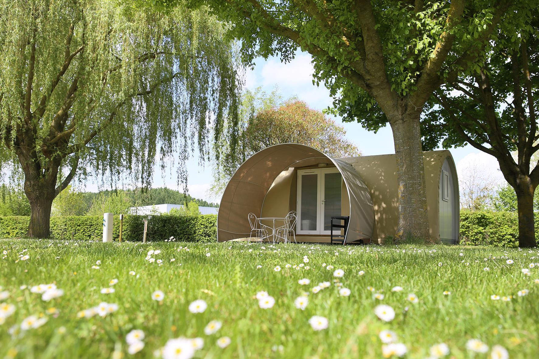 Camping Municipal les Rives du Douet, Doue-la-Fontaine, Maine-et-Loire