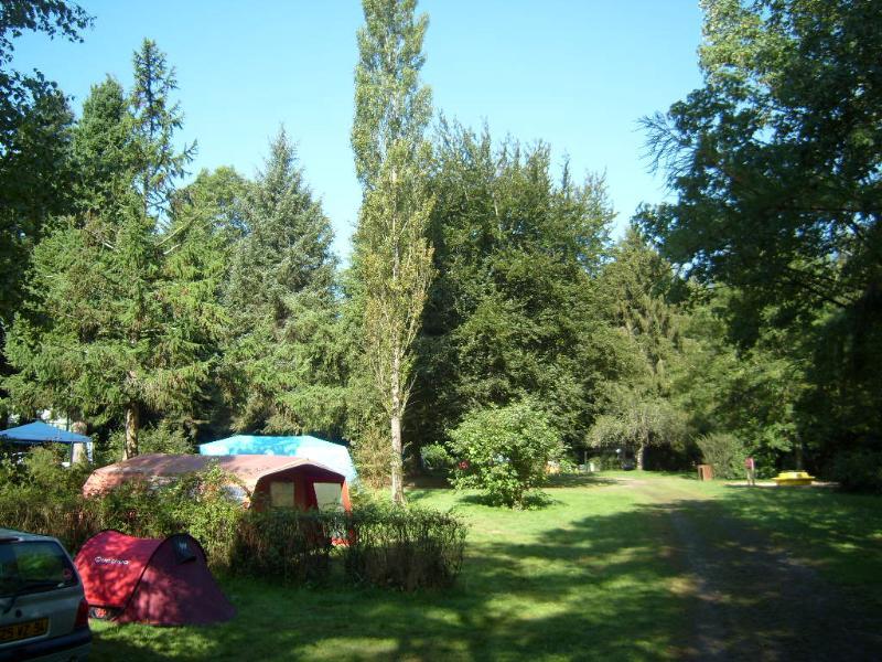 Emplacement - Location | Emplacement Tente - Camping Le Val de Landrouet