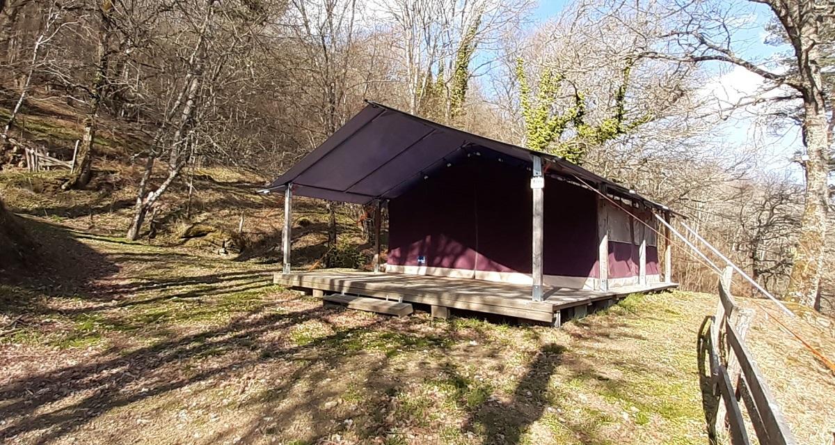 Location - Tente Freeflower De 37.30M² (2 Chambres) - Avec Évier Eau Froide - Sans Sanitaires - Flower Camping Le Belvédère