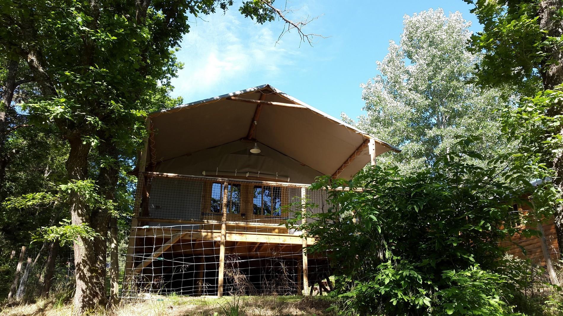 Cabane lodge 4 saisons Confort 25m² - 2 chambres + terrasse couverte 12m²