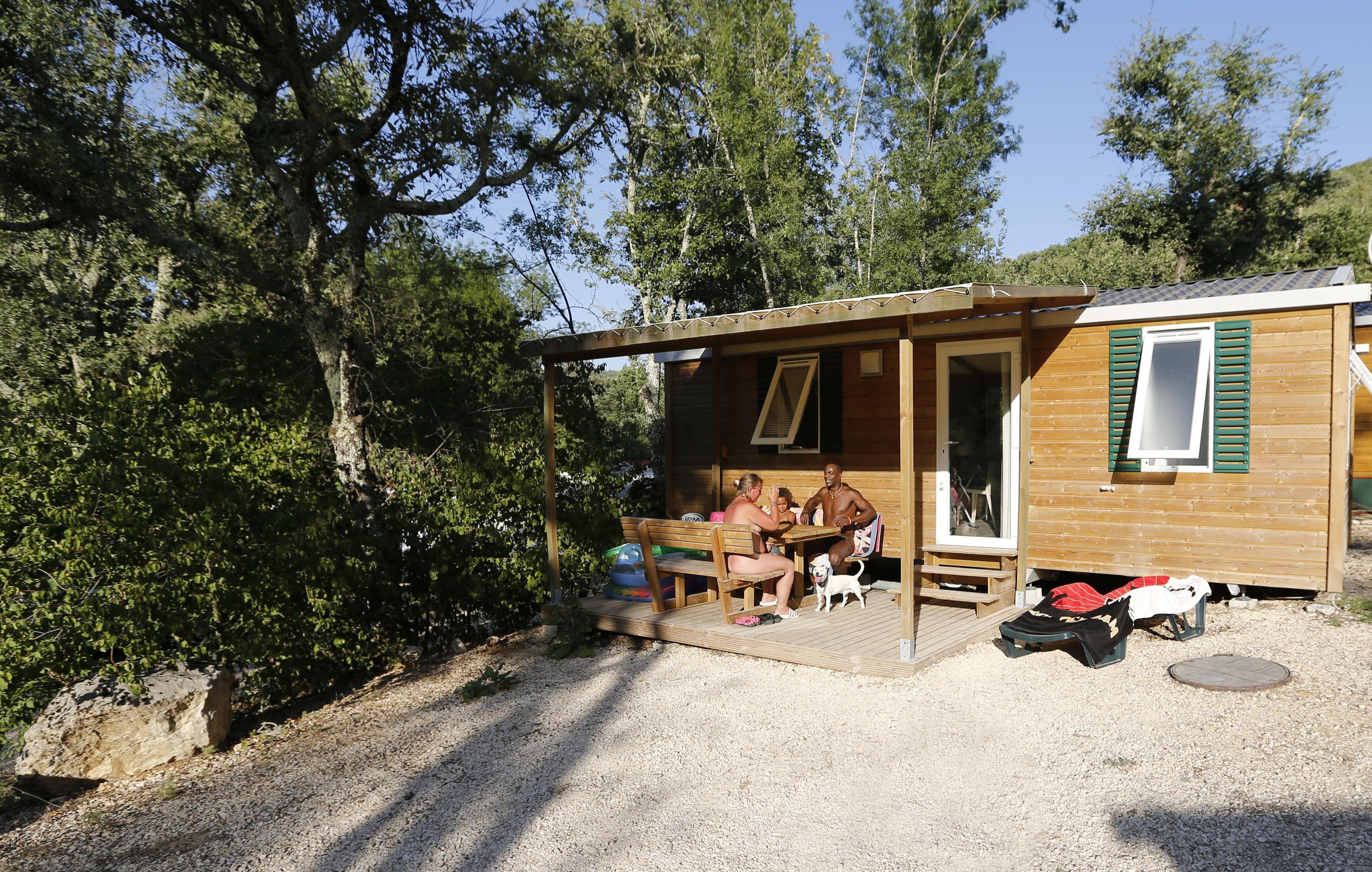 Camping la Genèse, Méjannes-le-Clap, Gard