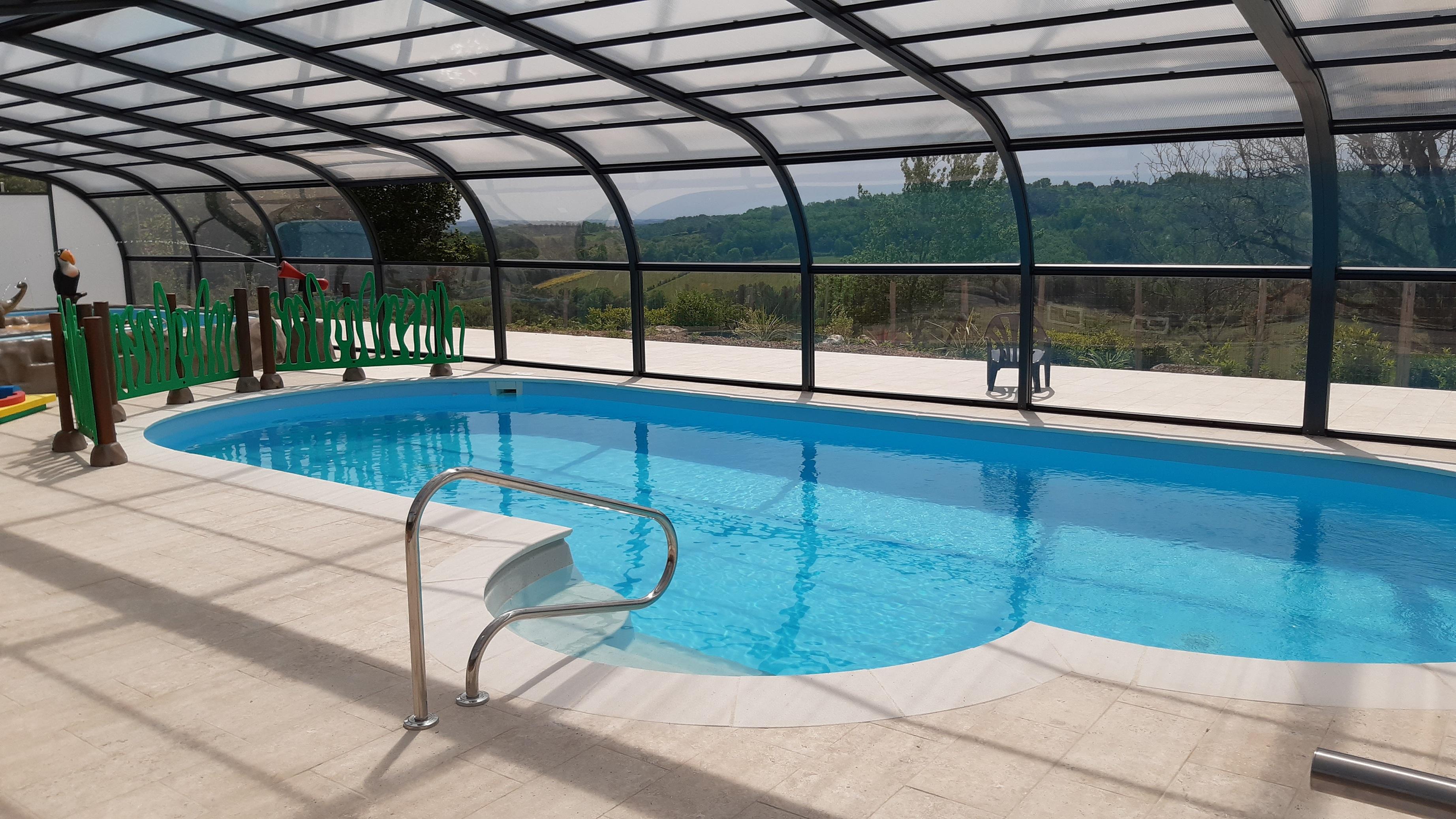 Camping Bleu Soleil, Rouffignac-Saint-Cernin-de-Reilhac, Dordogne
