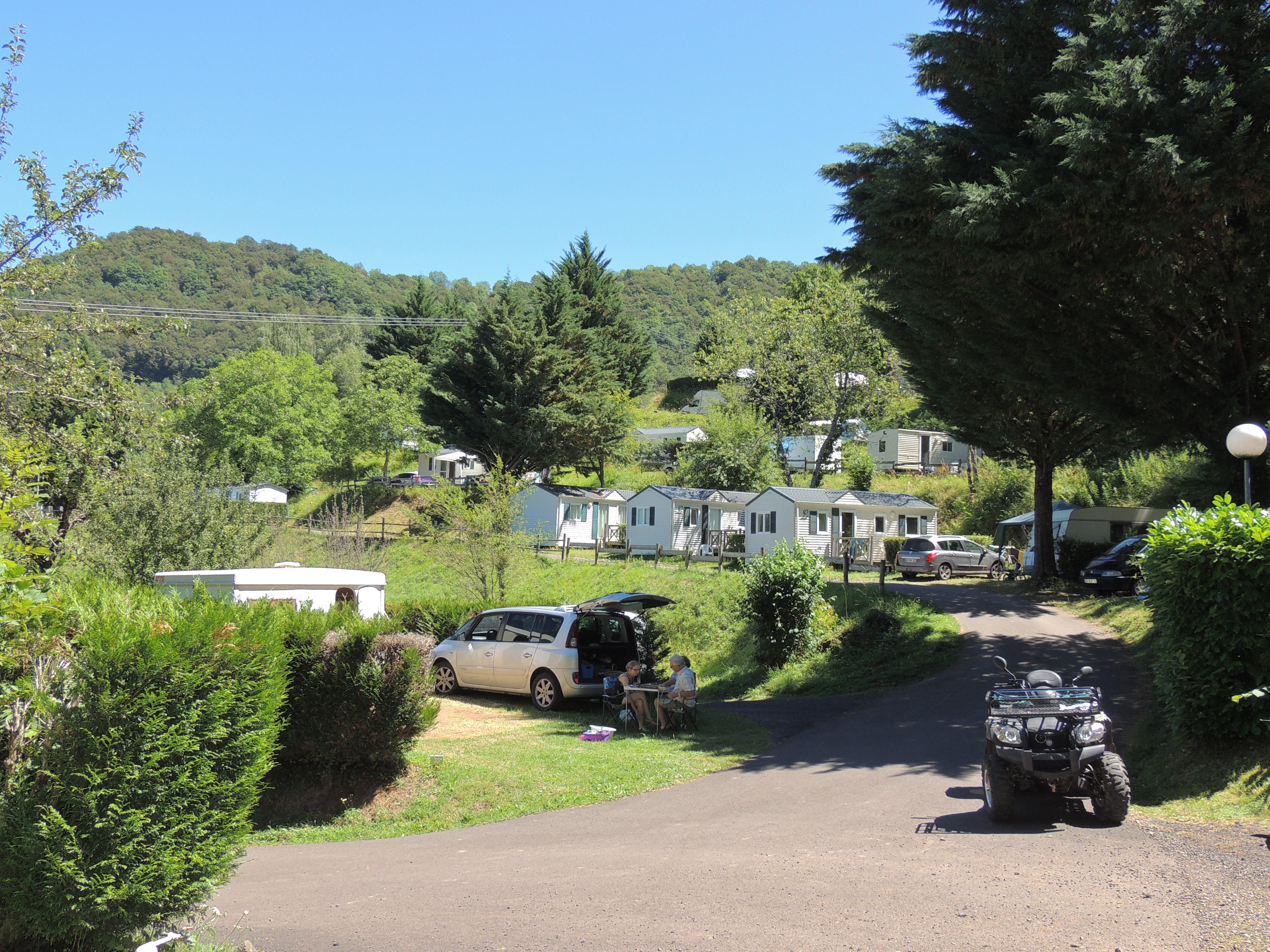 Camping La Pommeraie, Vic-sur-Cère, Cantal