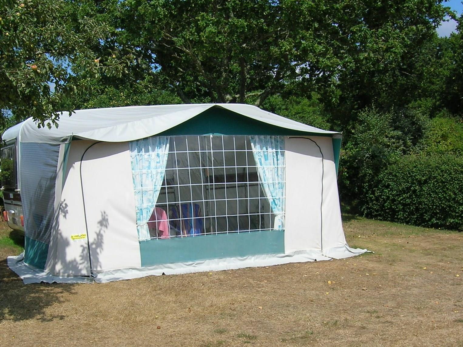 Location - Location De Caravane - Camping Des Chaumières