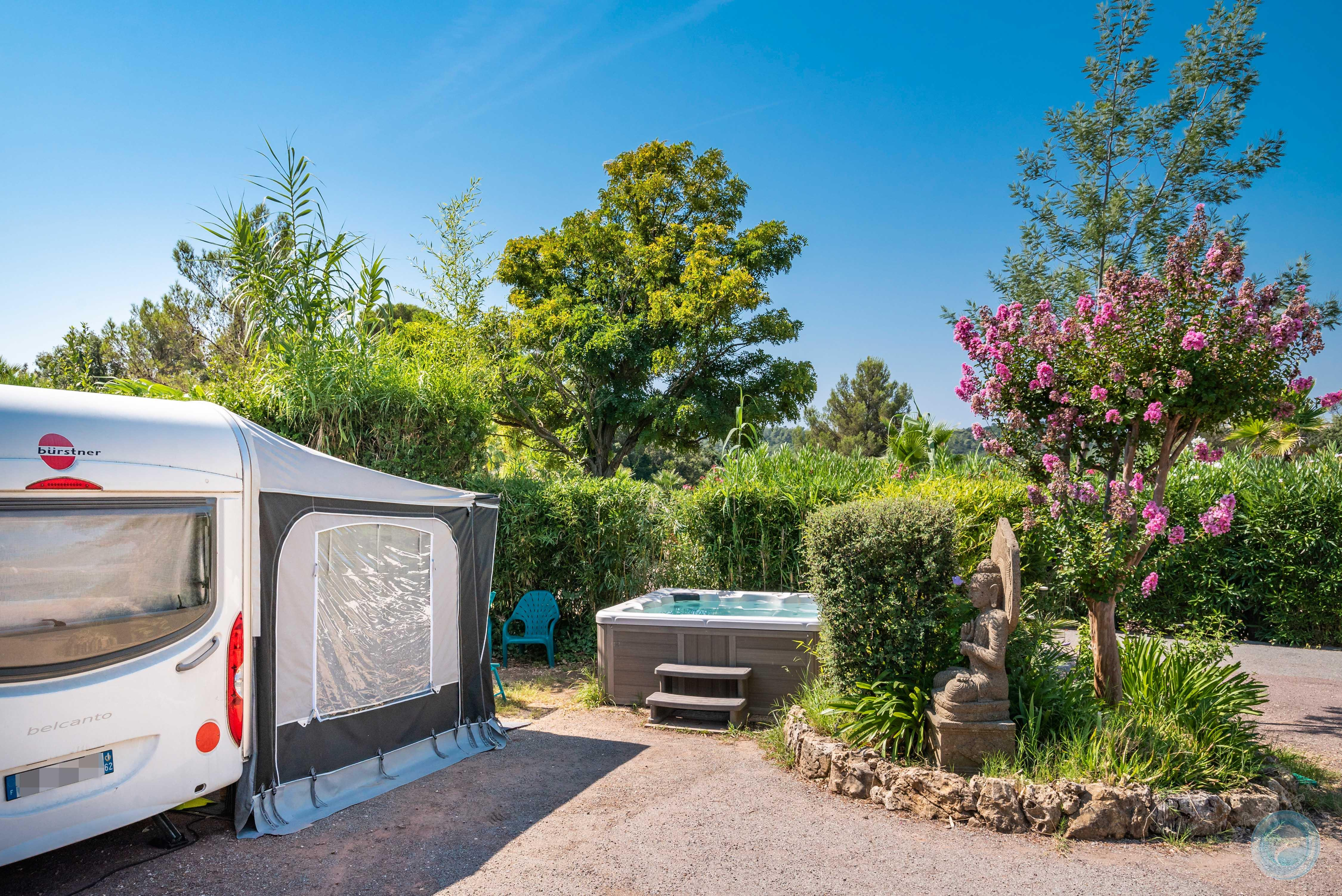 Emplacement - Emplacement 'Palace De Luxe' Caravane / Campingcar (Attention Pas De Tente) - Esterel Caravaning