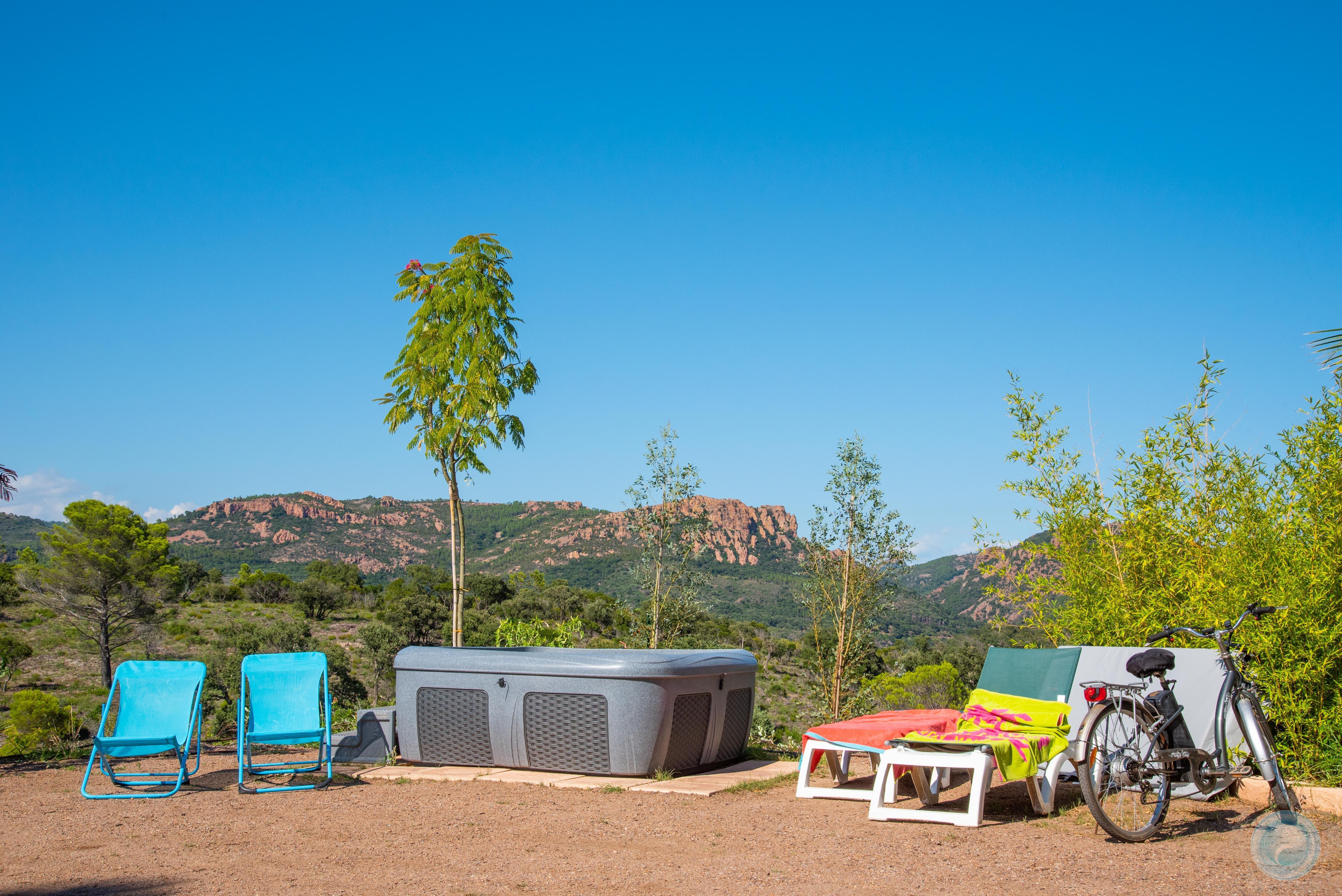 Emplacement - Impérial (Caravane / Campingcar, Attention: Pas De Tente) - Esterel Caravaning