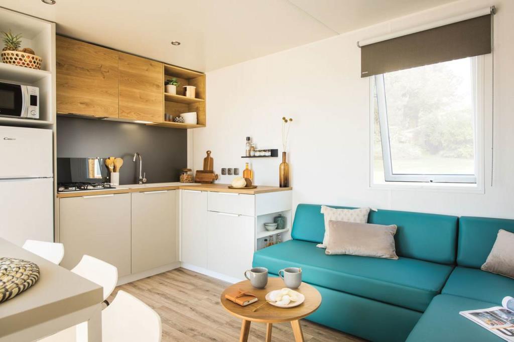 Location - Mobil Home Grand Confort Lodge Avec Tv Dimanche Au Dimanche 3 Chambres + Terrasse - Année 2020 6/6 Pers. - Camping Baie de Térénez