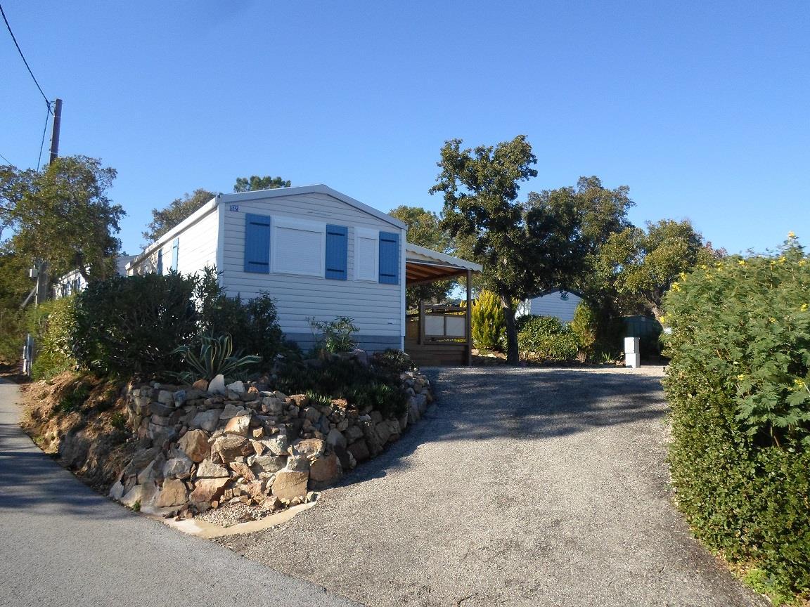 Location - Cottage Espace A - 2 Chambres - Climatisation - 38M² - Camping Castel Domaine de la Bergerie