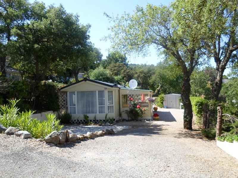 Location - Formule Week-End En Cottage Pour 4 Personnes - Camping Castel Domaine de la Bergerie