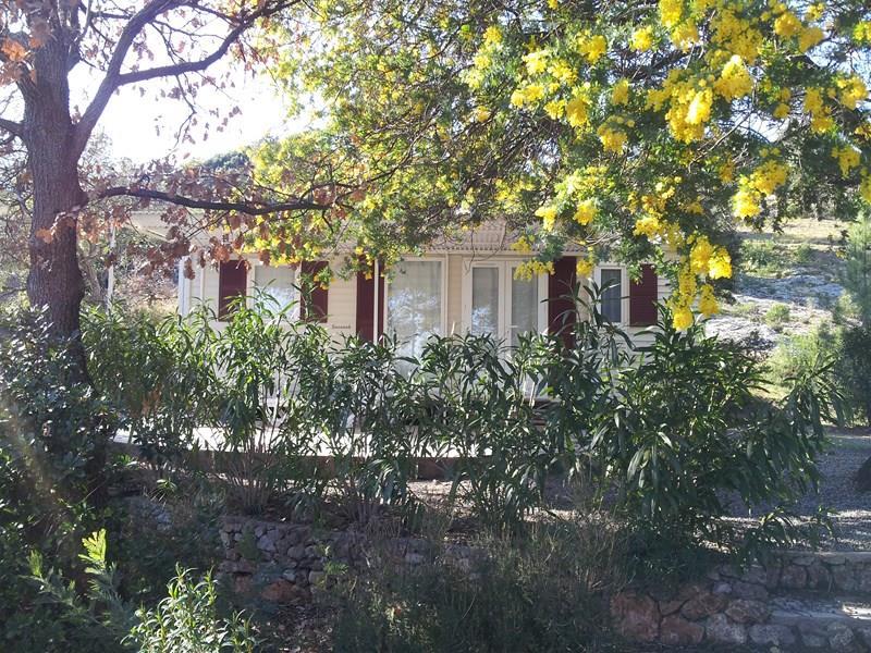 Location - Cottage C - 2 Chambres - Climatisation - 28M² À 31M² - Camping Castel Domaine de la Bergerie