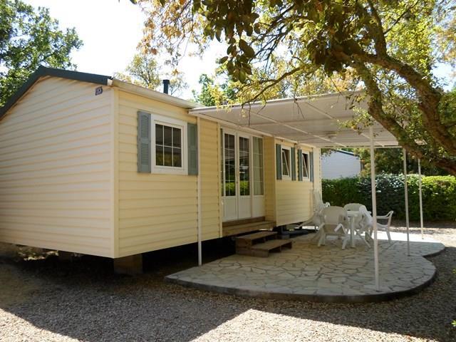 Location - Cottage C - 3 Chambres - Sans Climatisation - 30M² À 34M² - Camping Castel Domaine de la Bergerie