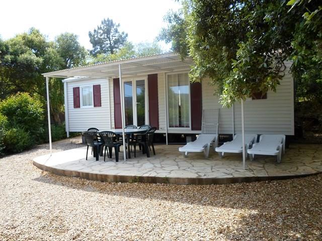 Location - Cottage Espace C - 3 Chambres - Sans Climatisation - 33M² À 40M2 - Camping Castel Domaine de la Bergerie