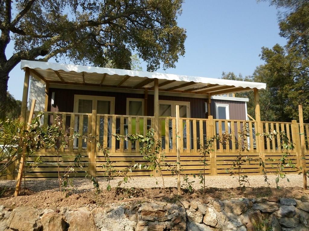 Location - Formule Week-End En Premium Pour 4 Personnes - Camping Castel Domaine de la Bergerie