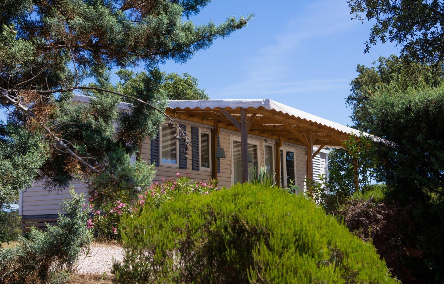Location - Privilège B - 3 Chambres - 31M2 À 32M² - Camping Castel Domaine de la Bergerie