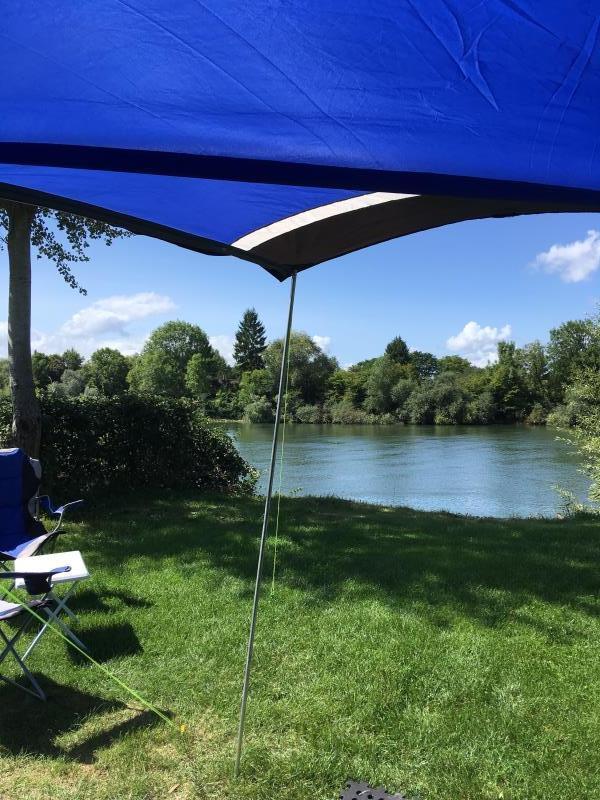 Forfait Privilège : 1 Camping Car ou 1 voiture + tente ou caravane + électricité 10A Bord de Seine