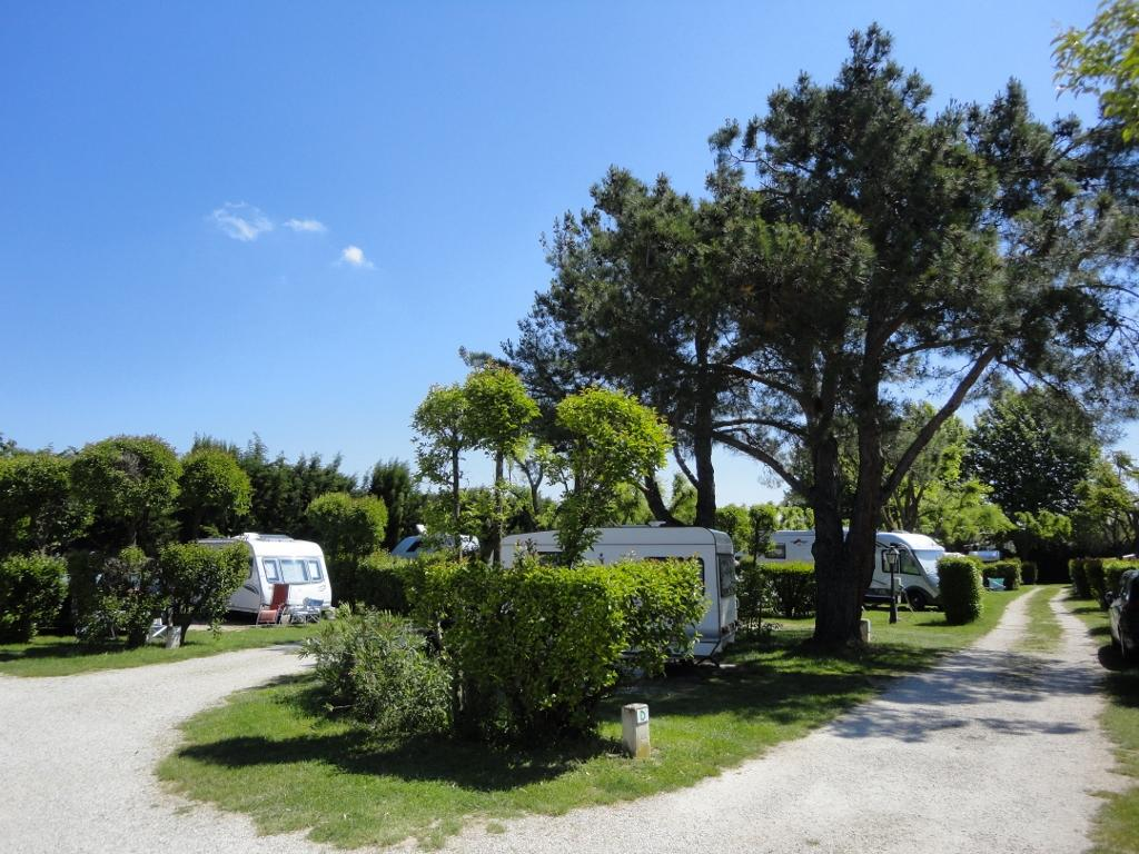 Camping Pegomas, Saint-Rémy-de-Provence, Bouches-du-Rhône