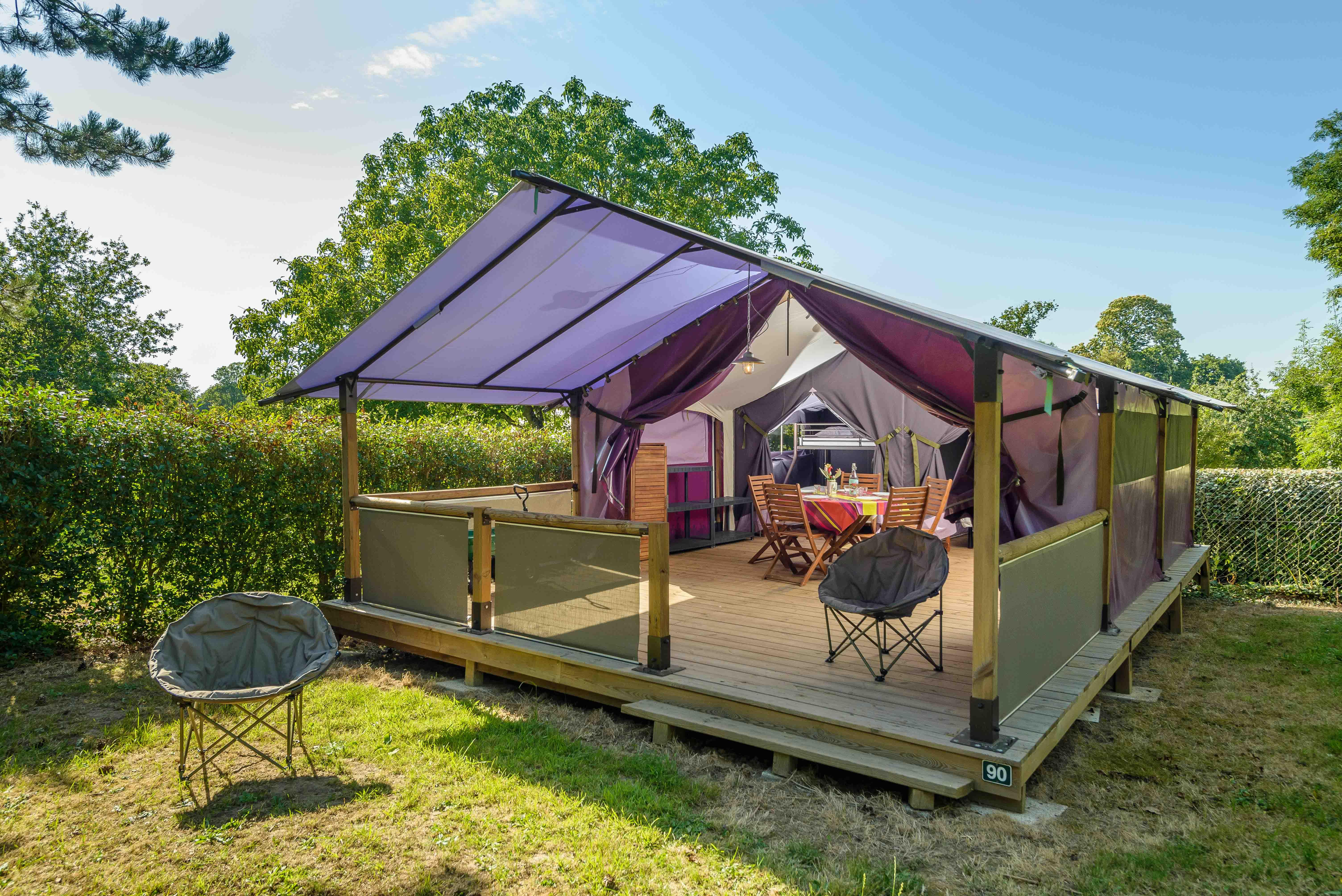 Location - Bungalow Freeflower 37M² (2 Chambres) Terrasse Couverte 13M² - Sans Sanitaires - - Flower Camping Le Kergariou