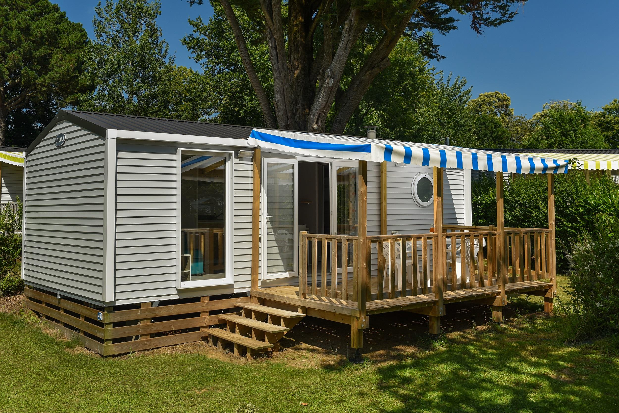Location - Mobil-Home Premium Perceval 29M² (2 Chambres) + Terrasse Couverte - Flower Camping Le Kergariou