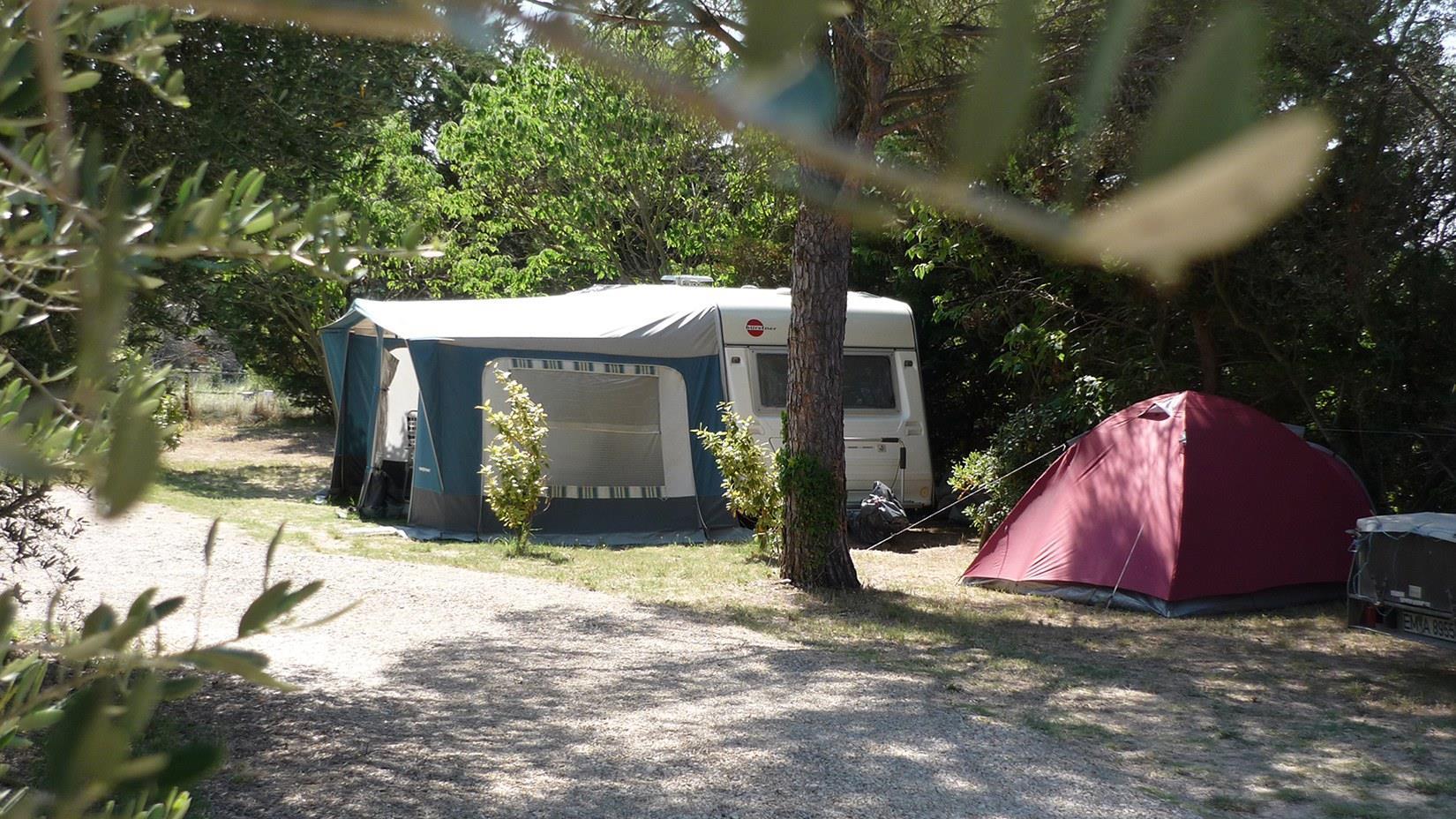 Camping l'Olivier, Junas, Gard