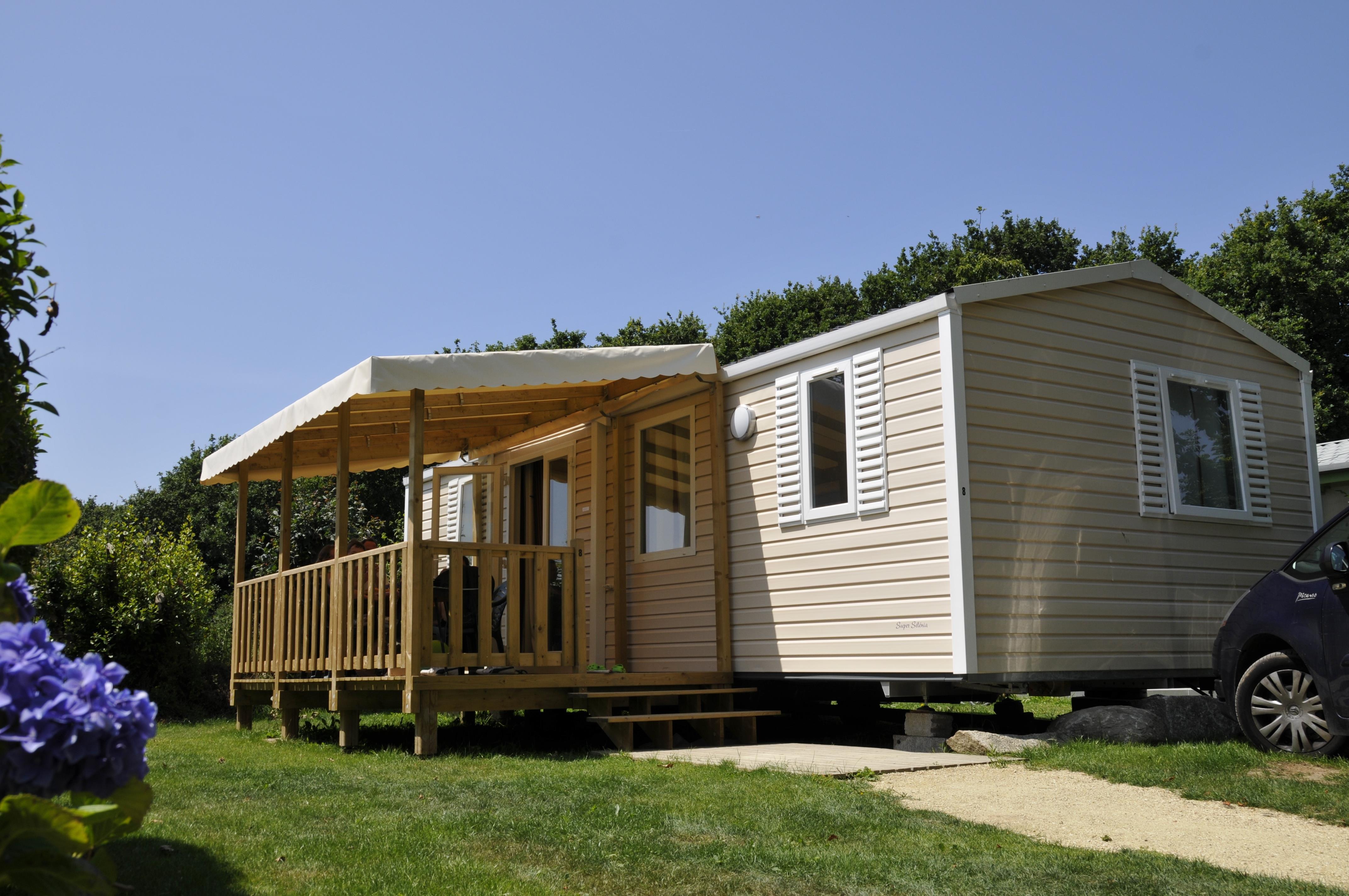 Location - Mobil-Home Selenia Premium 34M² (2 Chambres) + Terrasse Couverte 13.5M² - - Camping de Kerleyou